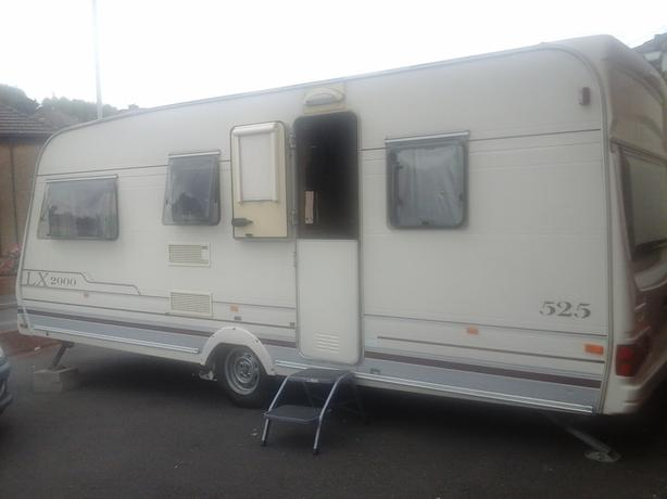 Lunar LX 2000 5 berth caravan for sale