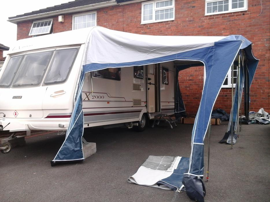 electric caravan hitch mover uk