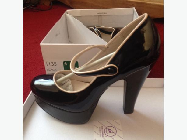 Brand new faith heels