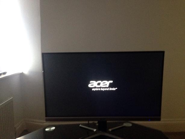 27 acer gaming monitor led with box