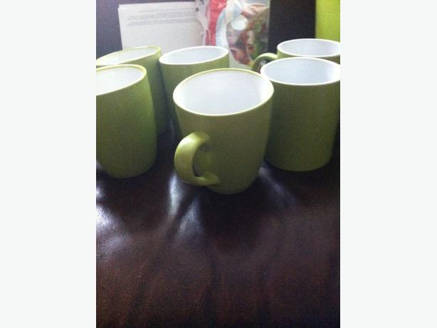 6 green mugs