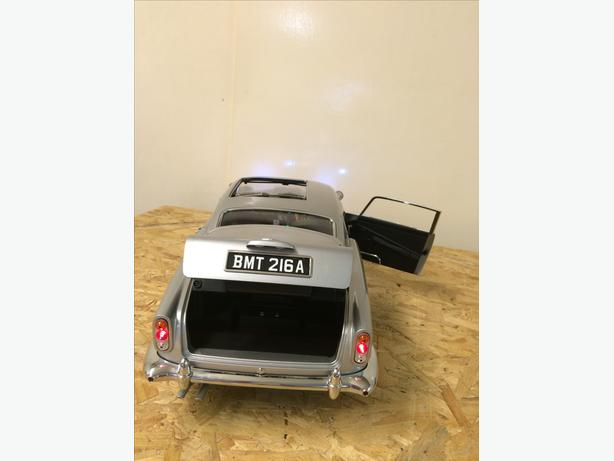 James Bond DB5 Scale Model