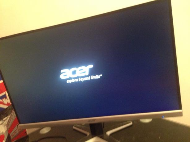 27inch acer led gaming monitor comes with box