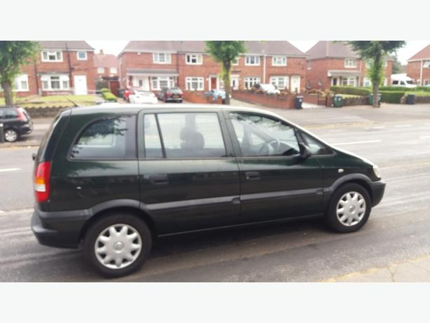 vauxhall zafira 1600cc 2002 wednesbury sandwell. Black Bedroom Furniture Sets. Home Design Ideas