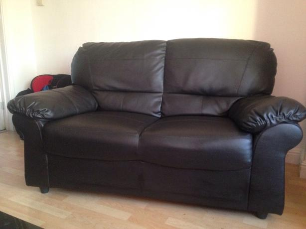 brown 2 seater sette