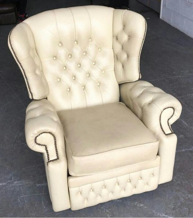 Small cream leather chesterfield wingback chair we for Small cream chair