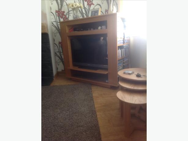 Oak tv stand
