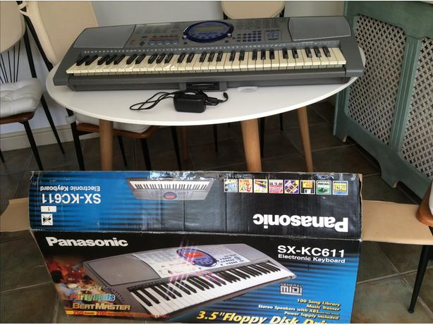 Panasonic Electronic keyboard