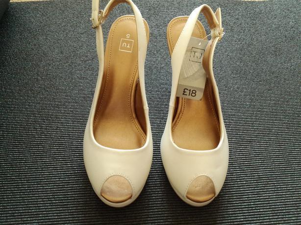 White sandals - brand new