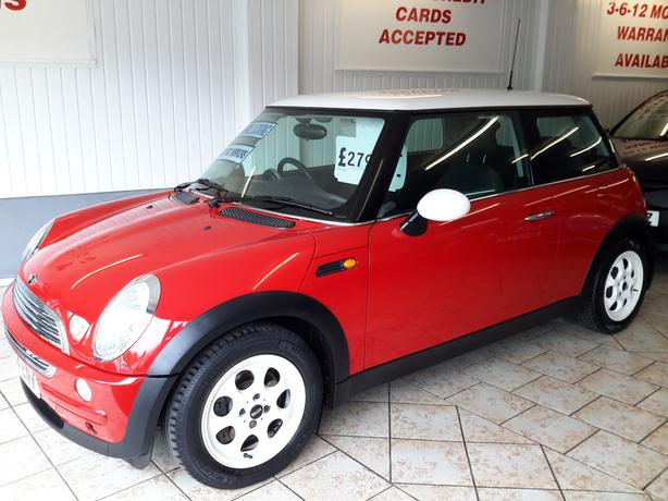 MINI COOPER 1.6 ONLY 75K WITH HISTORY FULL MOT SUPERB CONDITION