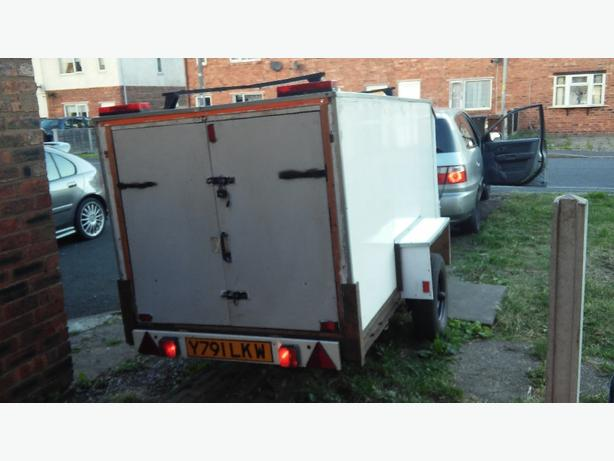 tow a van trailer for sale