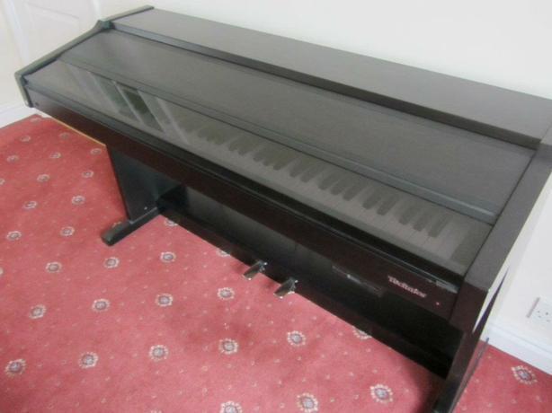 Technics piano