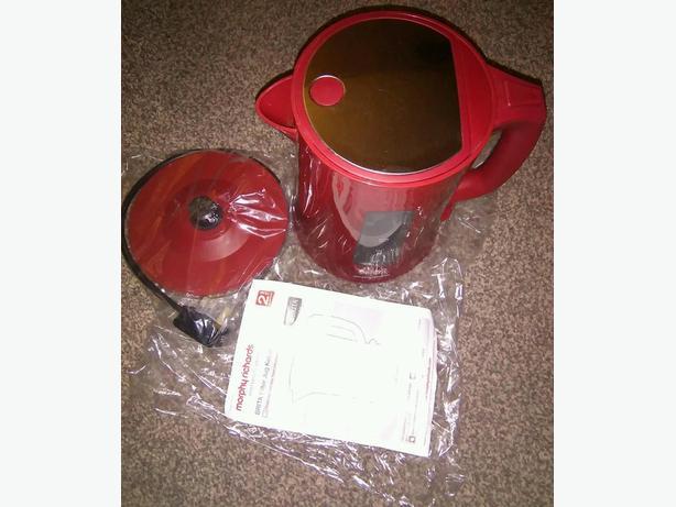 Red Brita Filter Kettle 12002
