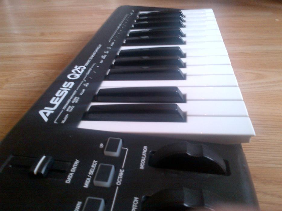 midi usb keyboard for sale tipton dudley. Black Bedroom Furniture Sets. Home Design Ideas