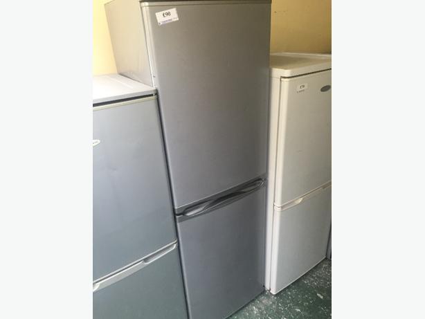 👌👌silver hotpoint fridgefreezer