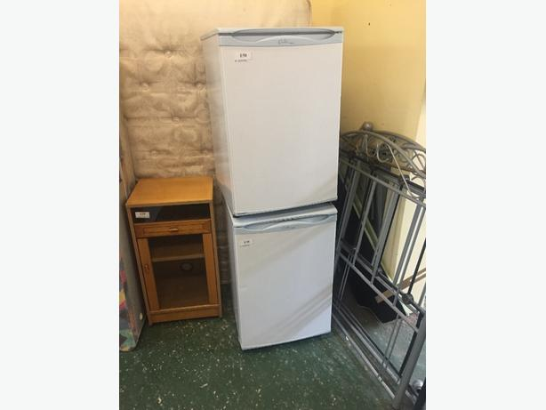 🔎🔎hotpoint fridge and freezer free delivery