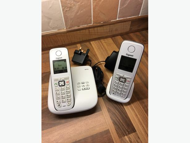 gigaset A510a twin handsets - white