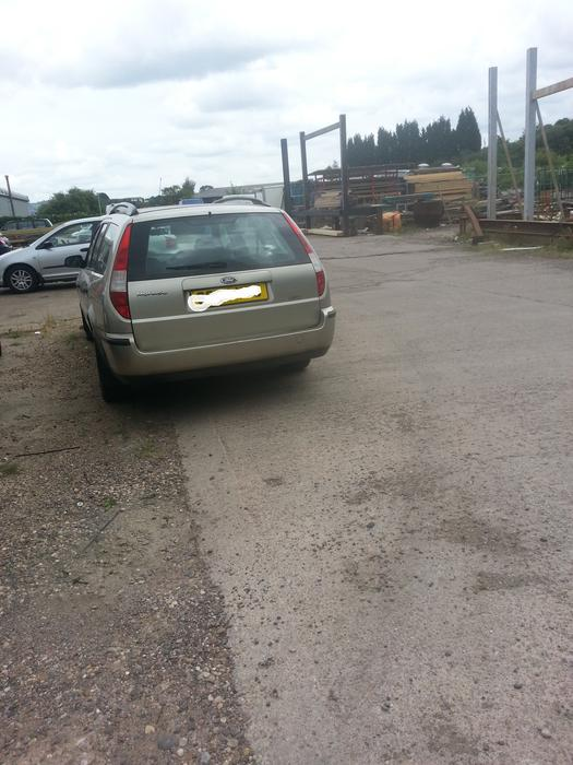 ford mondeo estate 2 0tdi spares or repair or may break for spares stourbridge dudley mobile. Black Bedroom Furniture Sets. Home Design Ideas