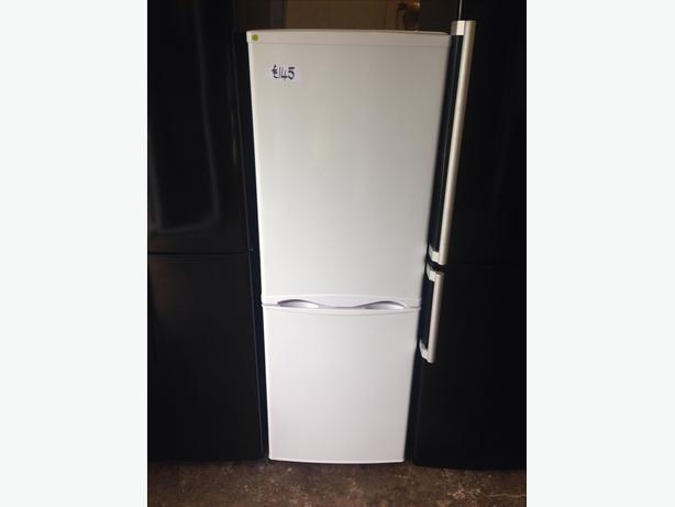 CURRYS ESSENTIALS FRIDGE / FREEZER WHITE