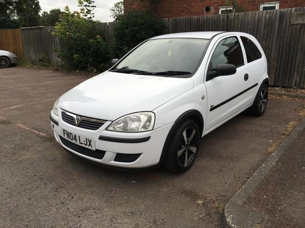 Vauxhall Corsa 1.0 Automatic 2004 model, long mot, very easy drive