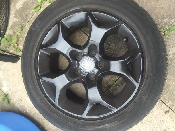vauxhal 5 stud alloys
