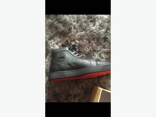 mens louboutin trainers