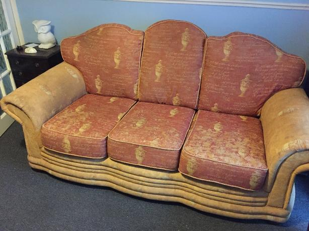 3 Seater and 2 Seater Settee FOR SALE