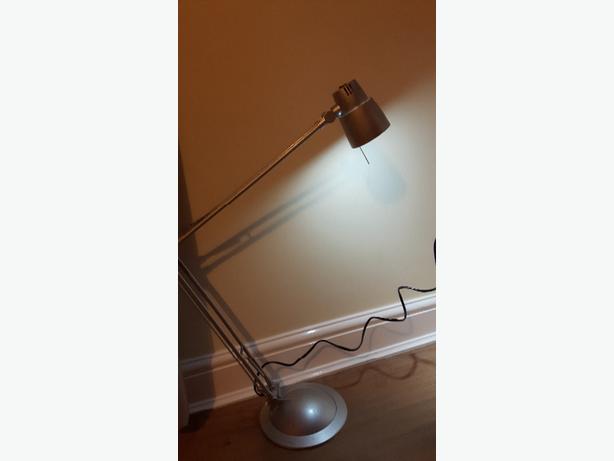 desktop lamp