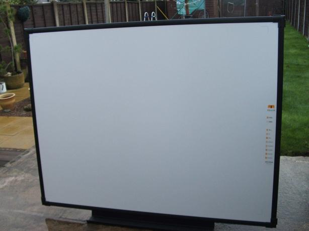 INTERACTIVE WHITEBOARD/SMARTBOARD,STILL AVAILABLE