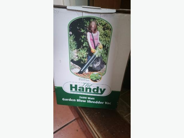 Handy garden blower and shredder