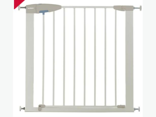 Kids safety stair gate