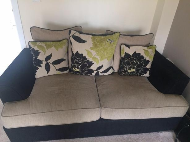 3 seater and 2 seater suite for sale