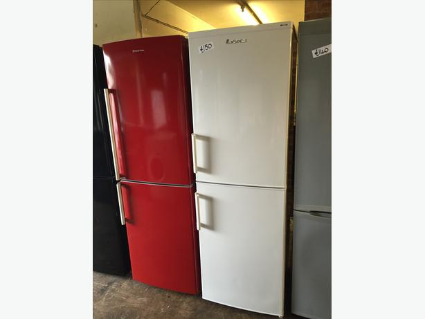 LOVELY LEC FRIDGE FREEZER IN GREAT CONDITION WITH GUARANTEE