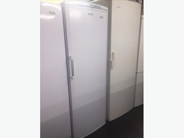 HOTPOINT TALL FREEZER IN EXCELLENT CONDITION WITH GUARANTEE