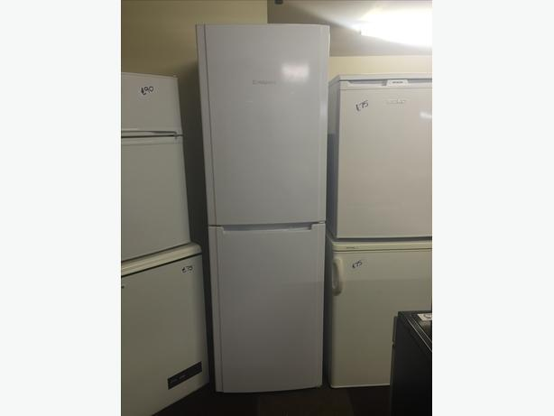HOTPOINT FRIDGE FREEZER HALF N HALF GREAT CONDITION WITH GUARANTEE