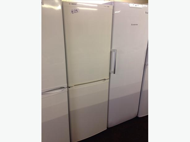 BOSCH CLASSIXX FRIDGE / FREEZER