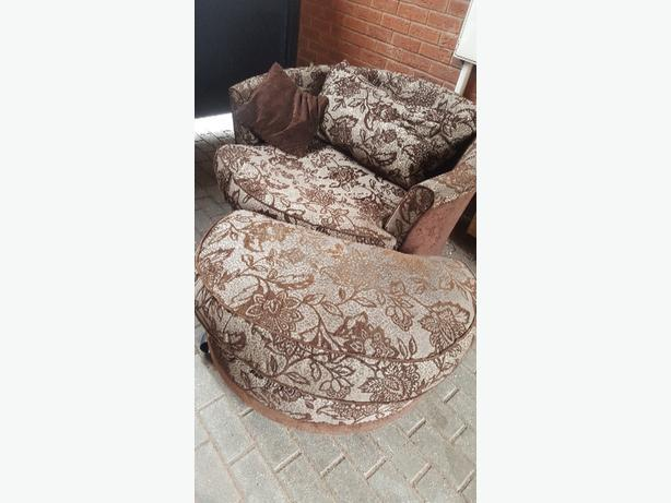 dfs sofa and foot stool pouf  need gone today