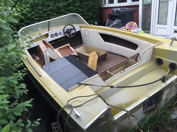 free glastron watercraft boat