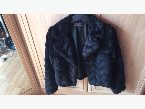 SIZE 8 BLACK FUR COAT (from New Look)