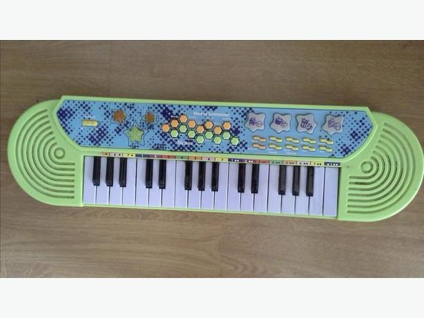 childs keyboard