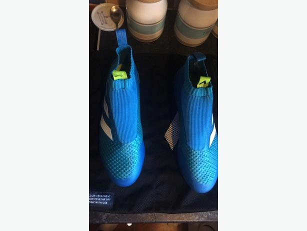 Adidas ace 16+ pure control laceless