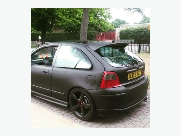 MG ZR matt black red bonnet