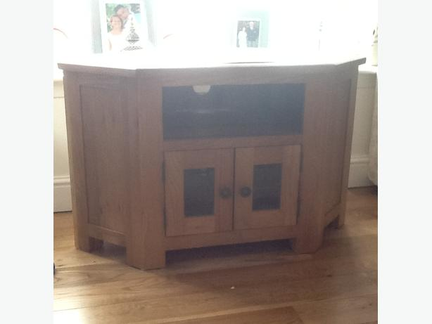 Tv corner unit solid oak