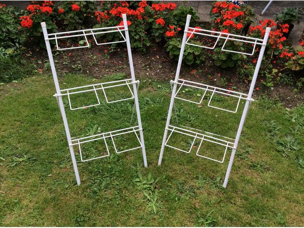 2 metal flower display racks