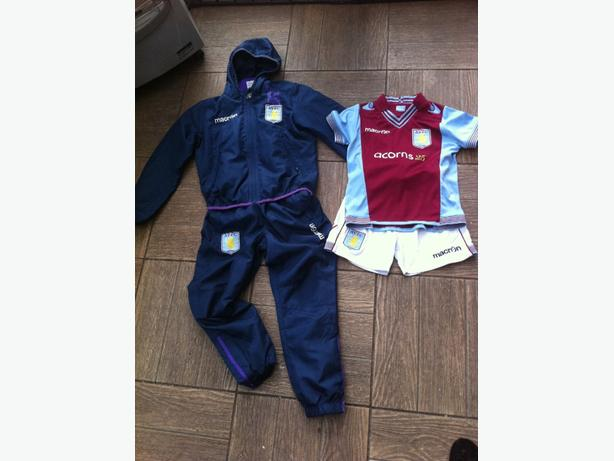 AVFC Tracksuit and football strip Age 5-6