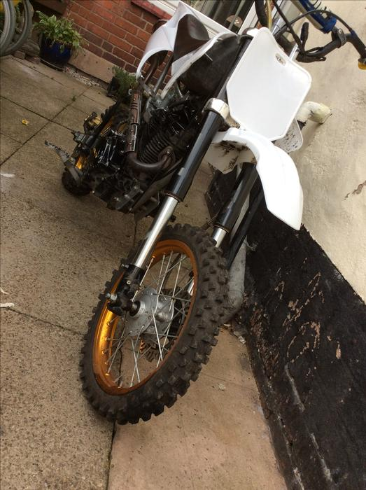 150cc pit bike 300 ono swaps dudley dudley. Black Bedroom Furniture Sets. Home Design Ideas