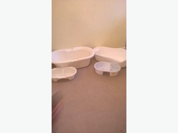 : baby baths Disney ones 10 each