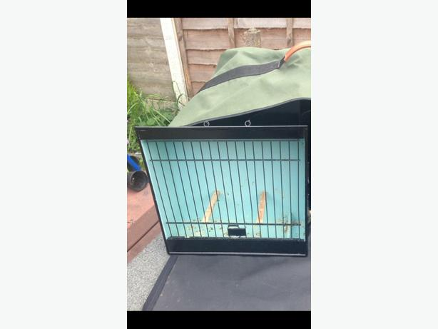 4bird cages plus carring bag