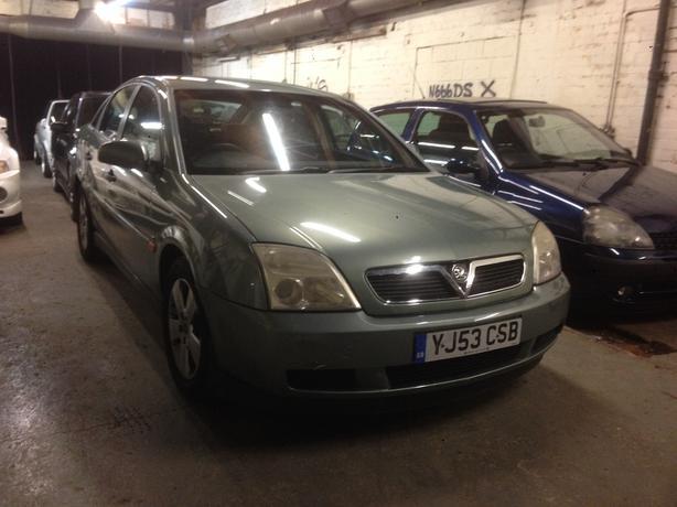 2003/03 Vauxhall Vectra 1.8 ls 5 door hachback