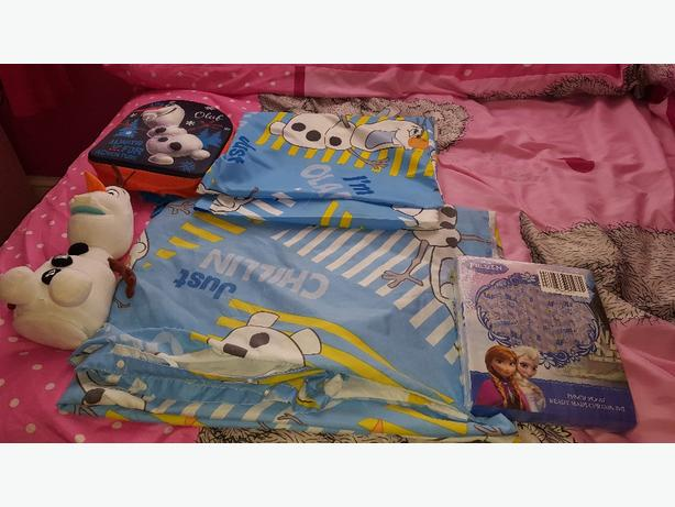 frozen bedroom bundle olaf